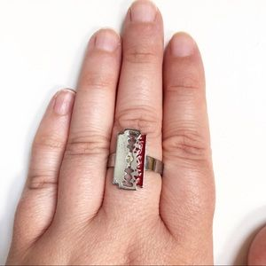 Bloody Razor Ring | Costume Jewelry